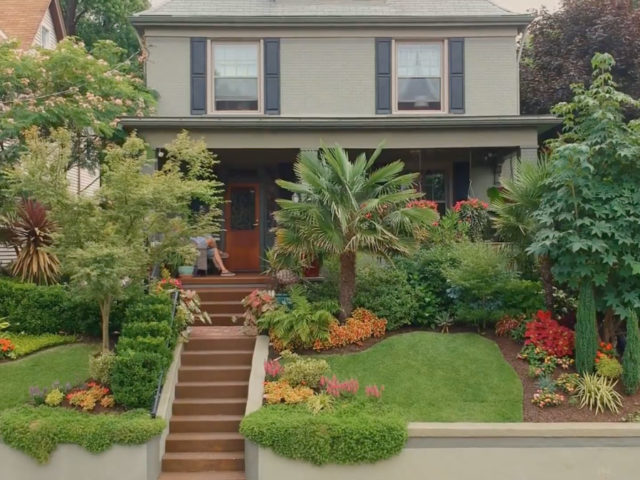 Pittsburgh is home to the Better Homes and Gardens Best Front Yard in America Winner!